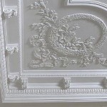 Облицовка лепниной потолка в офисе