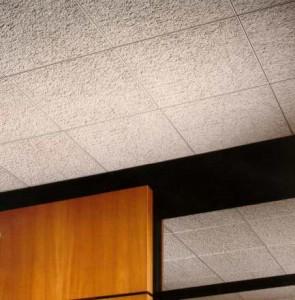 Облицовка потолочной плиткой